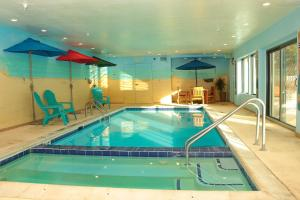 The swimming pool at or close to Keystone Resort by Rocky Mountain Resort Management