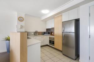 A kitchen or kitchenette at Seamark on First