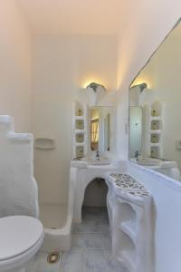 Salle de bains dans l'établissement Giannakas Studios