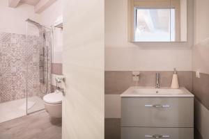 A bathroom at Casa Siciliana 7 - 8 - 11