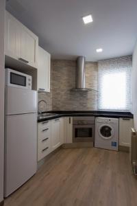 Una cocina o zona de cocina en Apartamento con encanto y bien ubicado