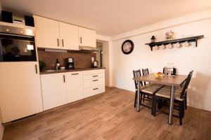 Küche/Küchenzeile in der Unterkunft Ferienwohnung SEA