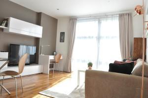 Ein Sitzbereich in der Unterkunft 1 Bedroom Apartment in the heart of Canary Wharf