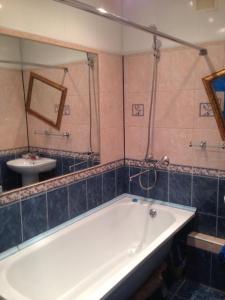 Ванная комната в Квартира на проспекте Луначарского