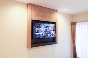A television and/or entertainment centre at M-1 Tokyo Minamikamata