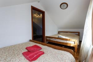 Кровать или кровати в номере База отдыха Ерёмина Гора