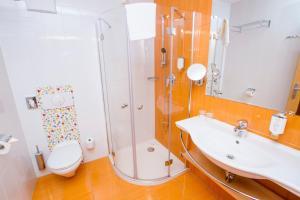 A bathroom at Luxury Apartments Bolf
