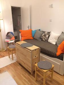 Posedenie v ubytovaní VERY CLOSE Studio Apartment