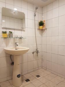A bathroom at Wenke 24 B&B