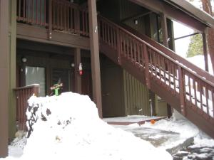 Val d'Isere by Mammoth Reservation Bureau during the winter