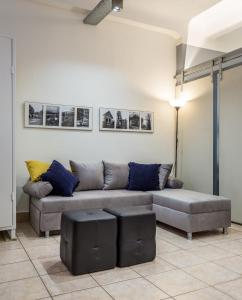 A seating area at Industrial loft in the heart of the city