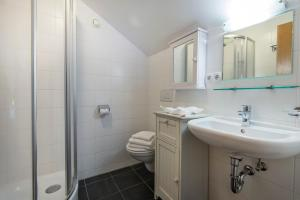 A bathroom at Schönblick Mountain Resort & Spa
