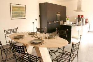 Restaurant ou autre lieu de restauration dans l'établissement Perle Bleue - Lille