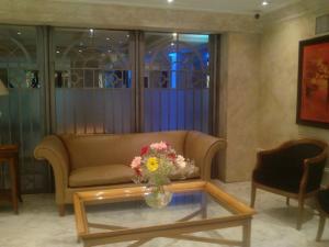 Un lugar para sentarse en Milenium suites. Avenida Bartolomé Mitre 753