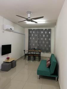 A seating area at #3B2R# WIFI Cozy Apt Opp. #SPICE HomeStay