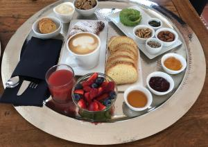 Opções de café da manhã disponíveis para hóspedes em Il Dammusino di Pantelleria