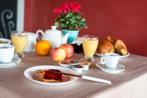 Frokost for gjester på Aba Village RTA
