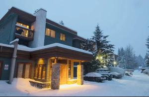 Whistler Lake Placid Apartment during the winter