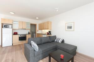 A seating area at Apartments by ylma - Njálsgata