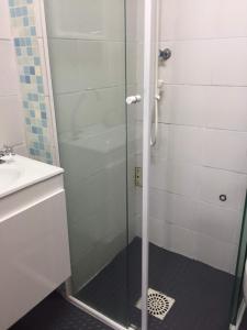 A bathroom at Lugar todo no Centro II-próx. a Santa Casa e UFRGS