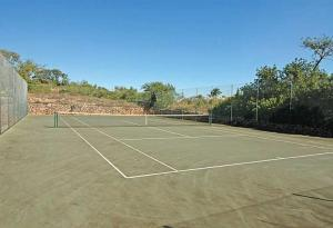 Tennis and/or squash facilities at Estombar Villa Sleeps 12 Pool or nearby