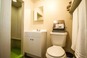 A bathroom at Hays #B Near Downtown Guest Studio