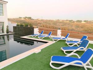 The swimming pool at or near Villas en Toledo