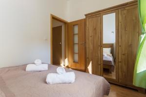 Ένα ή περισσότερα κρεβάτια σε δωμάτιο στο Square view apartment