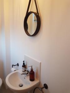 The T House tesisinde bir banyo