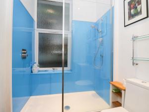 A bathroom at 2 Kilmun Court, Dunoon