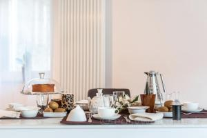 Breakfast options available to guests at Easy Welcome Ka'Doro