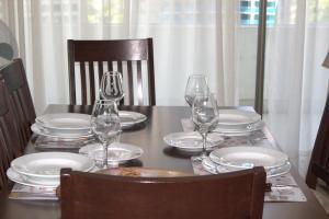 Un restaurante o sitio para comer en Eh Homes Las Condes