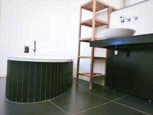 Cuisine ou kitchenette dans l'établissement Haussmann