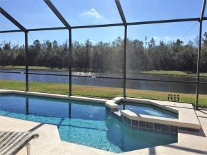 A piscina em ou perto de Cumbrian Lakes Home #238430 Home