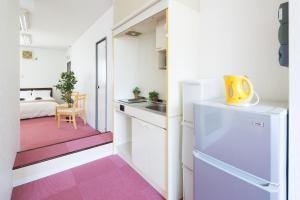 Elegant Pinkにあるキッチンまたは簡易キッチン