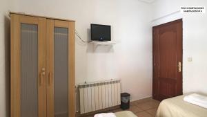 A television and/or entertainment center at Apartamento Carabanchel