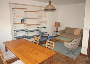 A seating area at Piso con vistas, cómodo y con buena ubicación