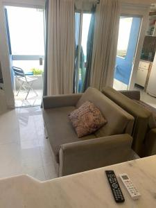 A seating area at Bahia Flat Vista Mar 202
