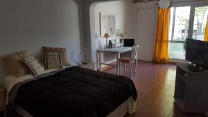 Una cama o camas en una habitación de Nem House