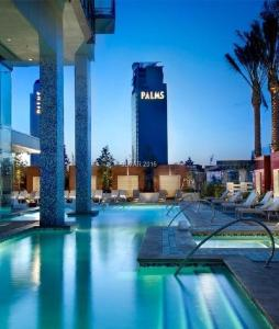 The swimming pool at or near 35th Floor Stunning Palms Place Suite w/Balcony