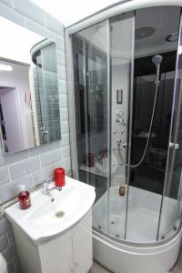 A bathroom at Simona Maria