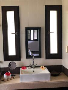 Ein Badezimmer in der Unterkunft The Marine Park Cottage