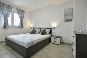 Cama o camas de una habitación en ctim249/ Modern decorated villa with private pool