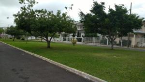 Jardín al aire libre en Espaçosa casa em Florianópolis-Ingleses