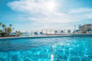 The swimming pool at or near Abahana Villas Vertigo