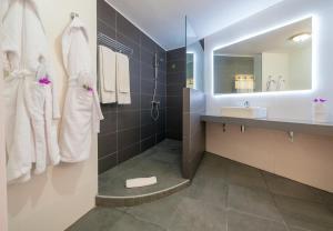 Een badkamer bij Checkin Bungalows Atlántida