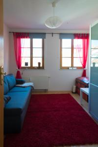 A seating area at Apartement Große Brüdergasse