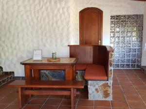 A seating area at Villa Villas La Rosaleda