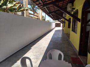 A balcony or terrace at Casa para carnaval 15 pessoas