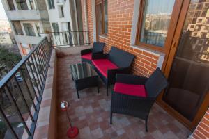 Балкон или терраса в Old Tbilisi Luxurious Apartment